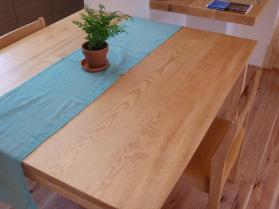 テーブル(アカマツ)